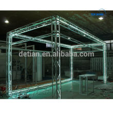 Portable and lighting mini truss