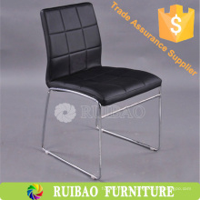 Cadeira de jantar de couro macio Cadeira de jantar estofada Cadeira de jantar moderna fabricada na China
