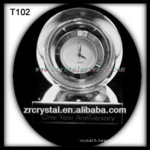 Wonderful K9 Crystal Clock T102