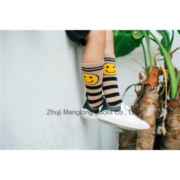 Lächeln Gesicht Nettes Mädchen Mode Baumwolle Strumpf Mode Muster Baumwolle Legging