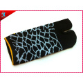 High Quality Custom Cotton 2 Finger Socks