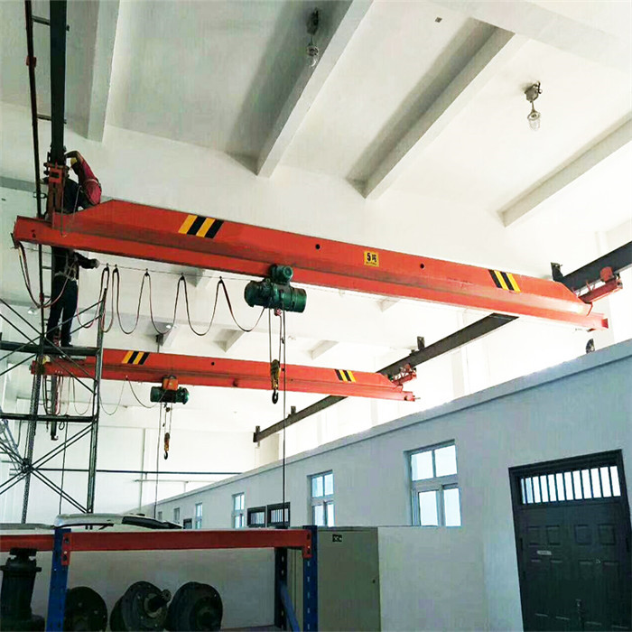 Single Girder Under Running Crane