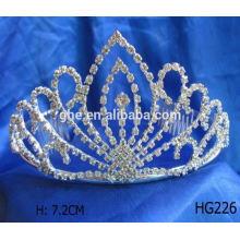 Boa fábrica de serviço diretamente coroa em forma de tiara de anel