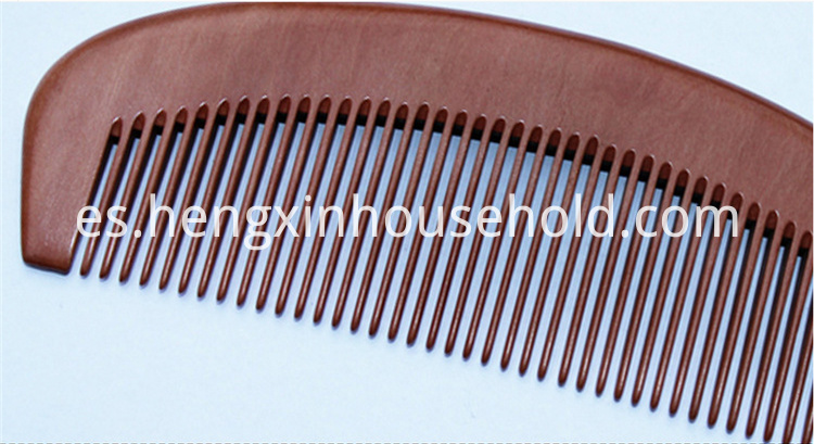 Anti-static comb