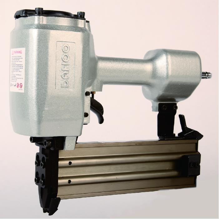 China Hochwertige pneumatische konkrete ST64 Nagler Hersteller