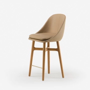 Solo breakfast bar stool club chair