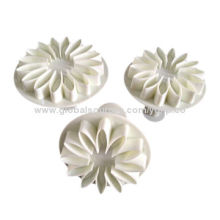 Cake decorating tools, flower plunger cutters