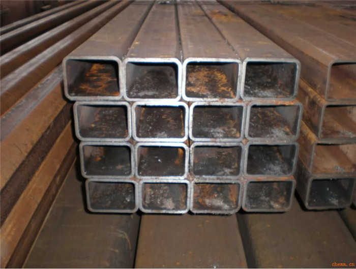Hot rolled rectangular steel pipes