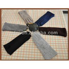 Custom wool gloves