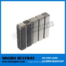 Block NdFeB Magnet with Broken Edge