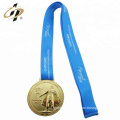 2018 Custom size cheap zinc alloy metal sports gold medals with lanyard