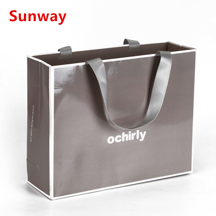 Custom Luxury Shopping Bags