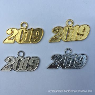 Elegant High Quality 2020 Graduation Metal Charms