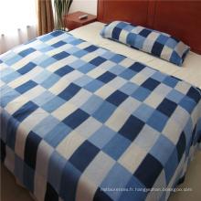 Drap de lit en polaire imprimé à carreaux
