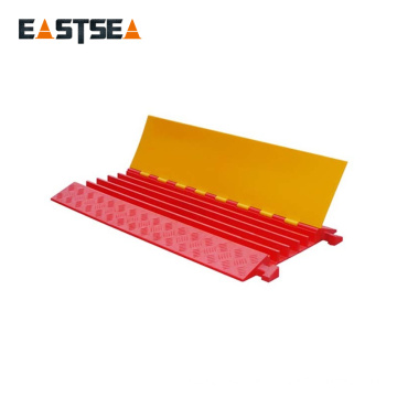Floor Cable Cover Outdoor PU Plastic 5 Channels Cable Cover Floor