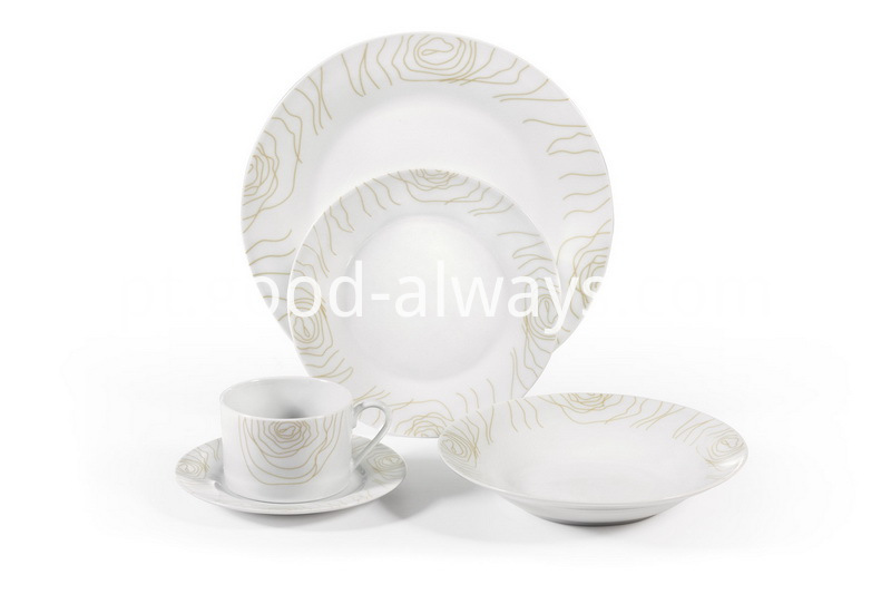 Porcelain Dinner Set