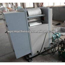 Machine de gaufrage de 1220 mm WPC