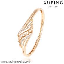 50947 Xuping último brazalete chapado en oro de diseño
