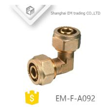 EM-F-A092 90-Grad-Bogen Messing Doppelkompressionsverbinder Rohrverschraubung für PVC-Rohr