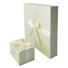Wholesale Dyed Paper Jewelry Gift Box
