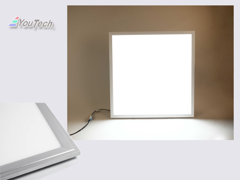 square panel light