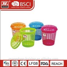 Cesta de lavanderia plástica venda quente / cesto de roupa suja com tampa redonda