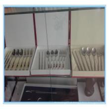 Alta qualidade personalizadas titânio talheres conjunto titânio talheres conjunto