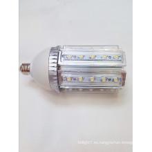 La lámpara llevada 30w de la luz de 360degree del poder más elevado del poder de ac100-240v del disipador de calor de aluminio llevó la luz del maíz