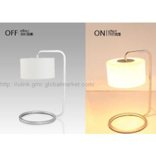 High-temperature baking finish simple iron desk lamp for home hotel