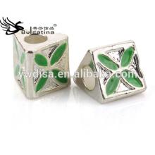 Perles de bijoux en alliage de zinc Matériau Vert couleur émail avec plaqué argenté Nouveau 2014