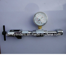 Cga870 Pin Medical Gas Pipeline Oxygen Connector with Pressure Gauge