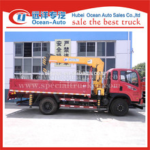 Sinotruk mini crago truck with 2 ton crane