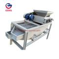 Máquina peladora de nueces con almendras pequeñas
