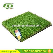dekoratives gefälschtes Gras