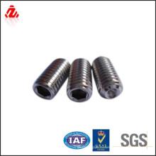 Высококачественная углеродистая сталь черный винт din913