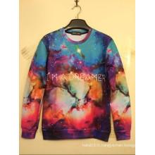 T-shirt coloré d'étoiles d'espace