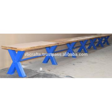Banco de la barra de la industria Vintage Blue Cross Metal Piernas