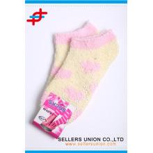 Chaussettes à la cheville au chaud et doux au chaud de chaussettes confortables