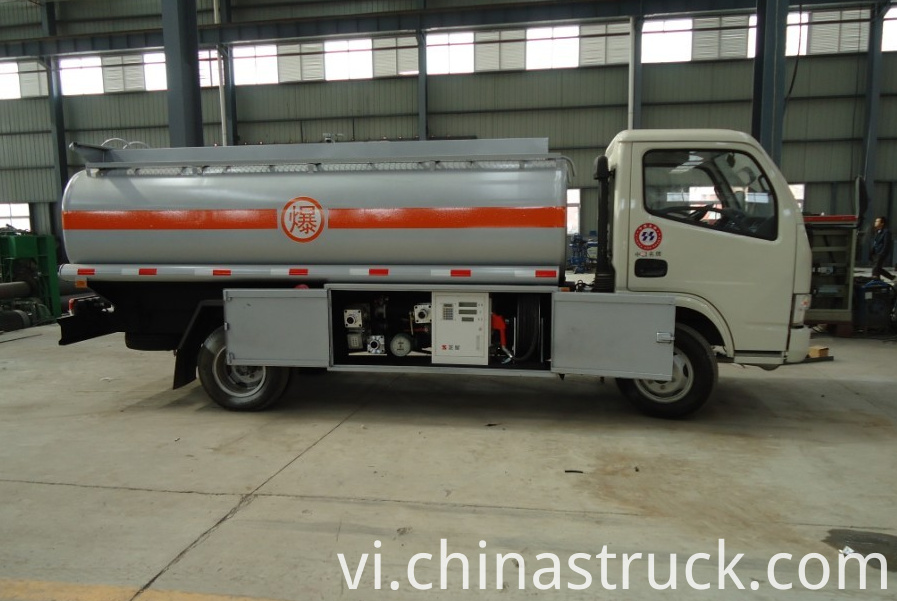 5000 liters fuel dispenspor truck