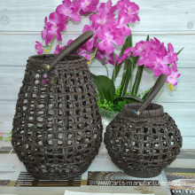 20 Years Factory for Offer Christmas Basket,Christmas Gift Baskets,Christmas Gift Hampers From China Manufacturer Round Weaving Plastic Rattan Led Lantern supply to Portugal Factory