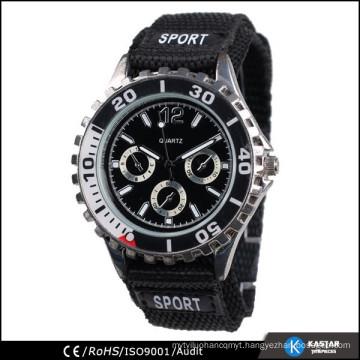 sports classic quartz watch with gear watch crown