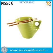Tazón de fuente hecho a mano práctico conveniente de los tallarines de cerámica de la forma