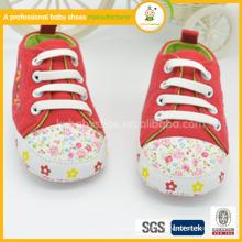 2015 мода детская обувь ботинка крытая обувь, мягкие туфли с вышивкой
