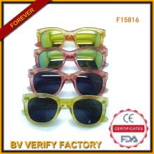 Óculos de sol coloridos com espelho lente em massa de Wenzhou (F15816)