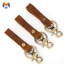 Llavero de cuero con cordón en blanco vintage con clip