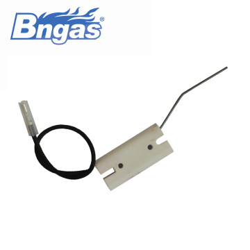 Ceramic ignitor burner spark ignition electrodes