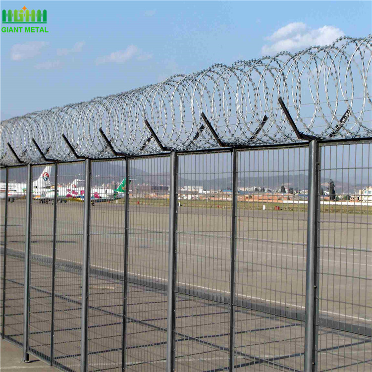 Top+Razor+Wire+Airport+Perimeter+Fence