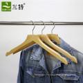 cabide de exibição de camisa de madeira de faia