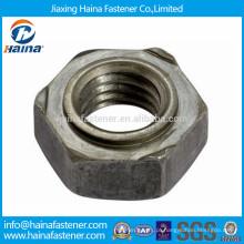 Porca de solda hexagonal em aço carbono DIN929