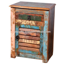 recycle wood bed side